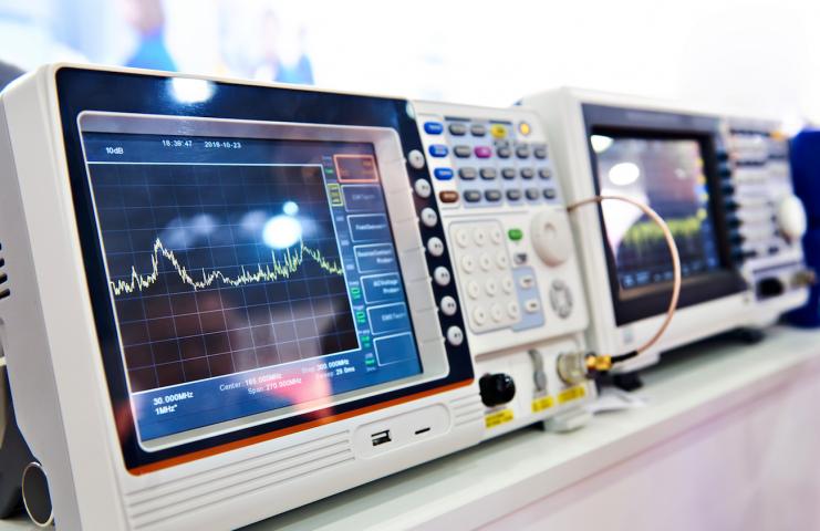 EMC Testi Elektromanyetik Uyumluluk TS EN 61000-4-4 / IEC 61000-4-4